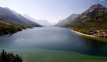 Waterton lakes national park HD wallpaper