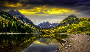 Hidden lake HD wallpaper
