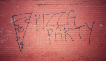 Red pizza graffiti party writing wall painting HD wallpaper