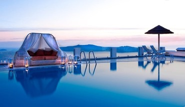 Canopy pool bed santorini HD wallpaper