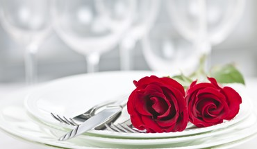 Romantic dinner setting HD wallpaper