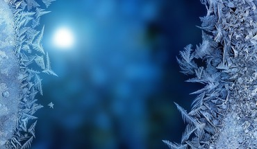 Frozen night HD wallpaper