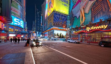 Times square late at night HD wallpaper