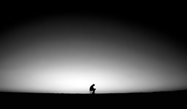 Men lonely HD wallpaper