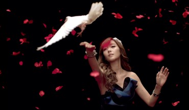Snsd asians korean jessica jung k-pop dove HD wallpaper
