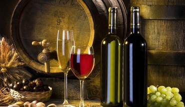 Enjoy a glass of wine HD wallpaper