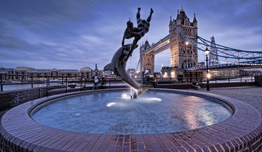 London bridges statues fountain HD wallpaper