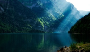 Lakes landscapes mountains sunlight sunray HD wallpaper