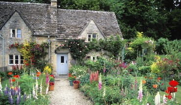 England cottage garden HD wallpaper