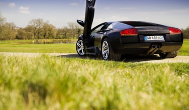 Lamborghini daniel swordfisher HD wallpaper