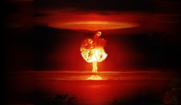 Explosions logos apples explosion nuke HD wallpaper