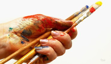 Hands paint brush HD wallpaper