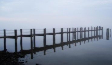 Foggy early morning sea pier HD wallpaper