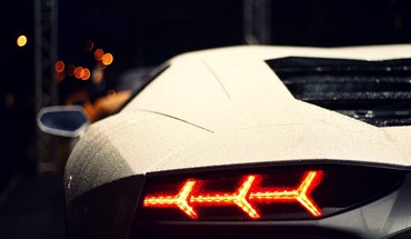 Close-up lights cars lamborghini vehicles aventador lp700-4 waterdrops HD wallpaper