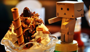 Danboard amazon desserts HD wallpaper