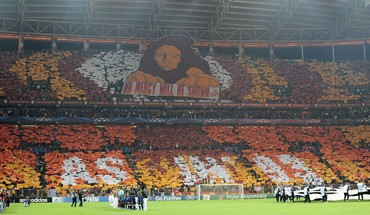 Red devils champions league football teams galatasaray HD wallpaper