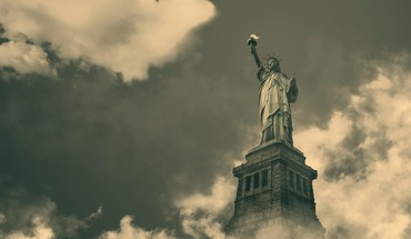 Statue of liberty in the clouds HD wallpaper