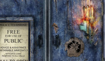 Broken tardis doors HD wallpaper