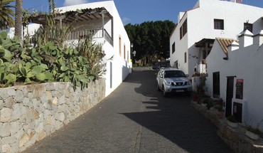 Cactus daylight fuerteventura streets villages HD wallpaper