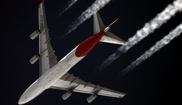 Boeing 747 aircraft airliners contrails HD wallpaper