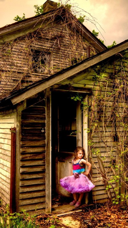 little girl in the abandoned house wallpaper