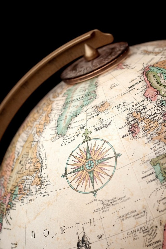 Globe globes maps old map world wallpaper allwallpaper 4219 wallpaper resolutions gumiabroncs Image collections