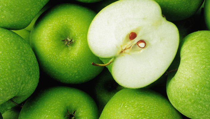 Green apples background wallpaper