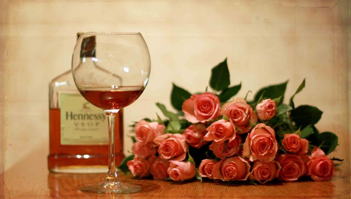 Roses and wine wallpaper