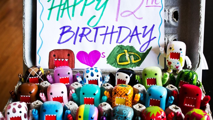 Toys (children) objects happy birthday still life wallpaper