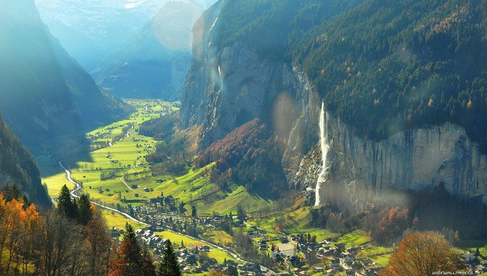 Magnificent valley in switzerland wallpaper