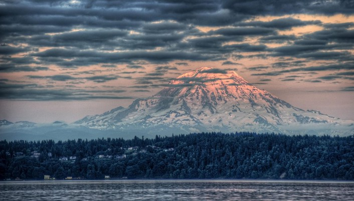 Majestic mount rainier at sunset hdr wallpaper