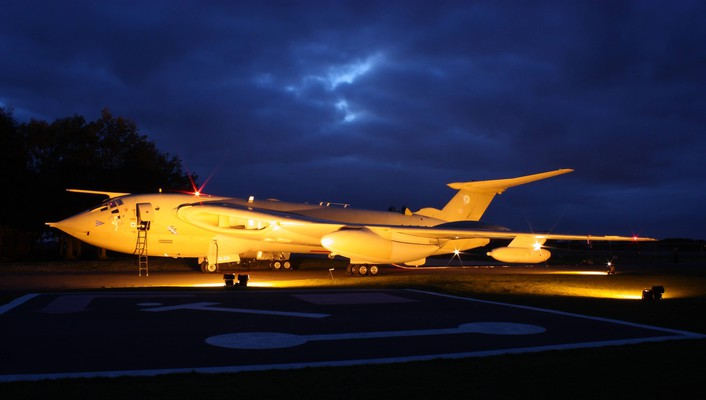 K2 handley page victor imgur fight jet wallpaper