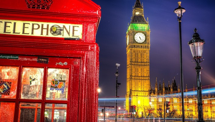 Wonderful london scene in lights wallpaper