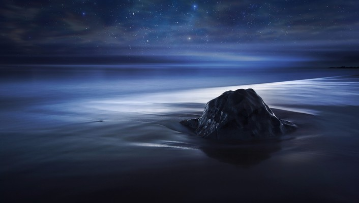 Blue velvet nocturnal night sky sea beach wallpaper