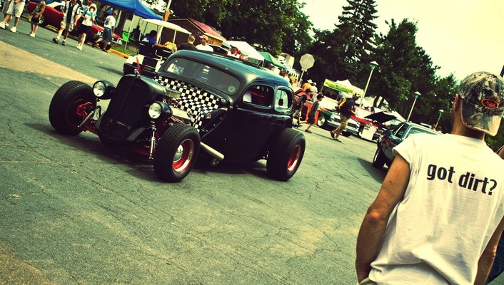 Classic hot rod cars crowd retro wallpaper