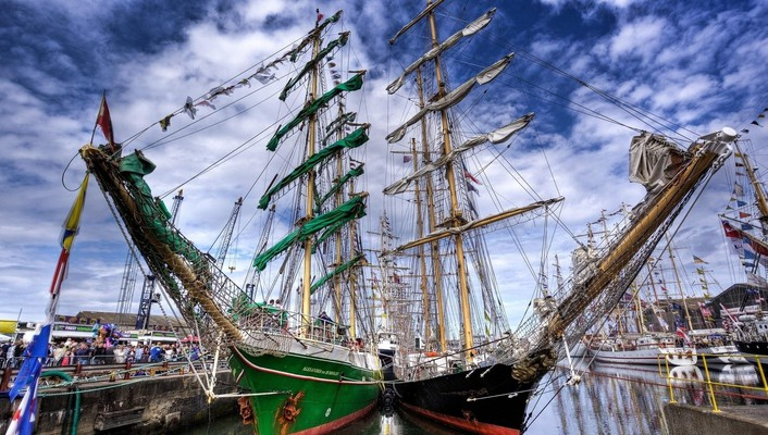 Mighty sail ships docked hdr wallpaper
