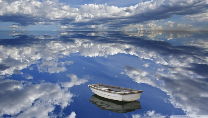 Boat in the clouds wallpaper