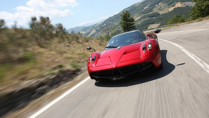 Pagani huayra 2013 wallpaper