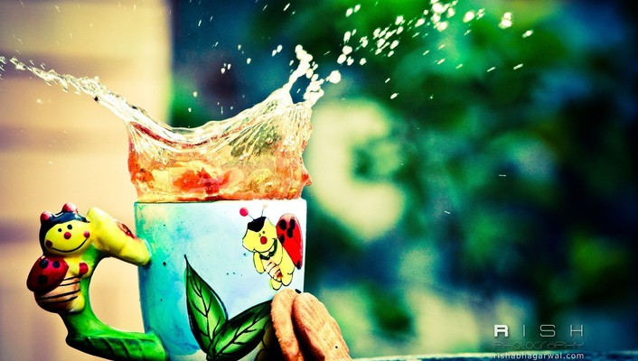 Colors splashes tea wallpaper