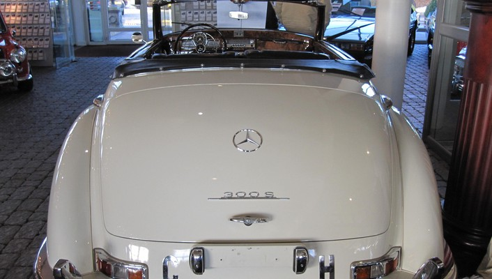 Mercedes 300 s roadster wallpaper