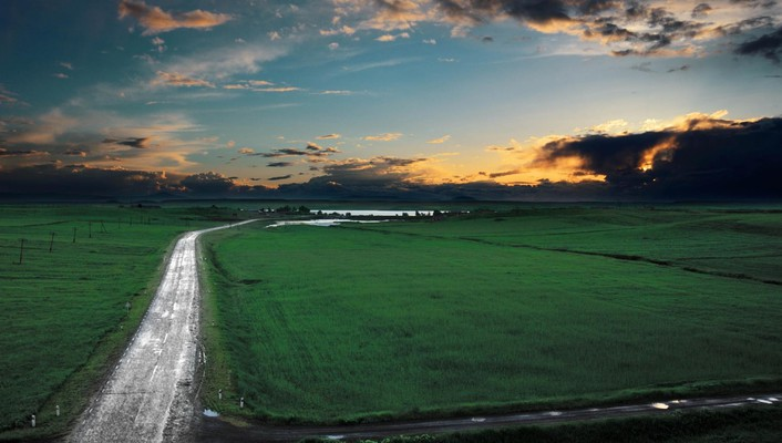 Road to a lake at sunset in armenia wallpaper