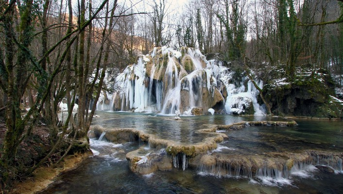Gorgeous cascading waterfall in france winter wallpaper