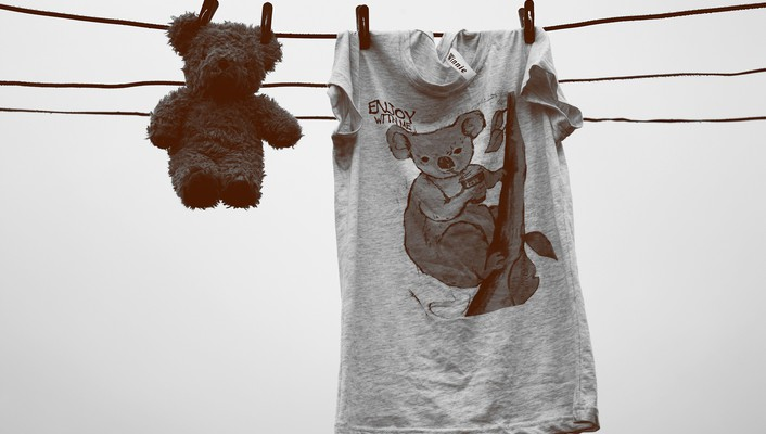 Teddy bears clothes wallpaper