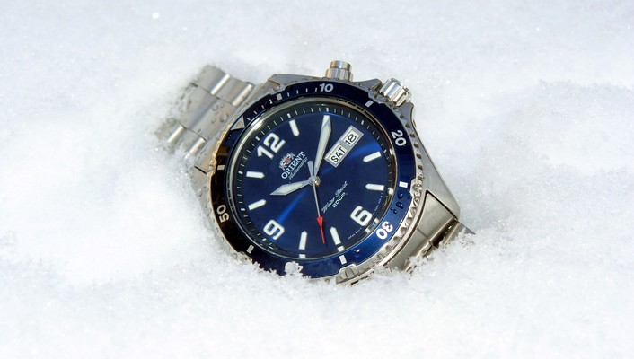 Watch orient mako blue wallpaper