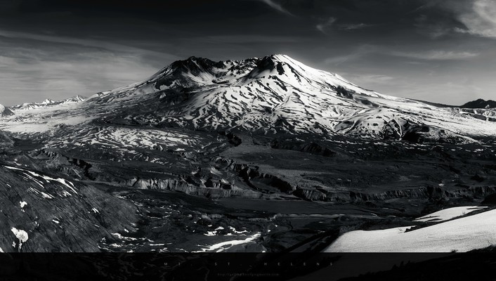 Monochrome mountains snow wallpaper