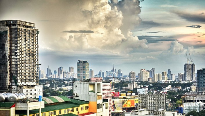 Clouds above city hdr wallpaper