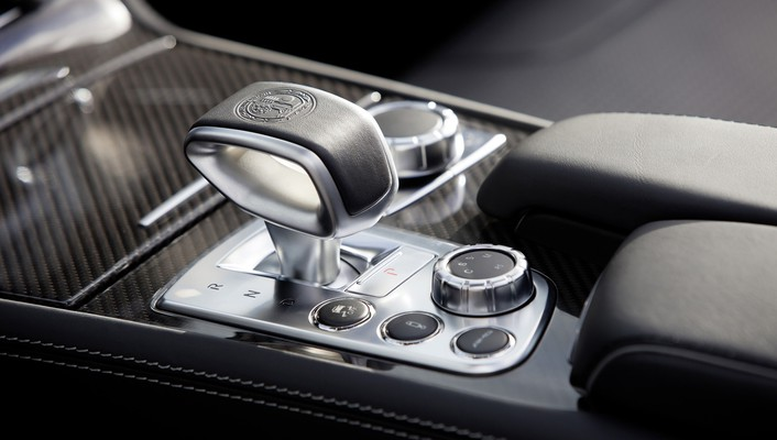 Amg mercedesbenz slclass console wallpaper