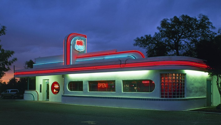 Diner on route 66 in california wallpaper