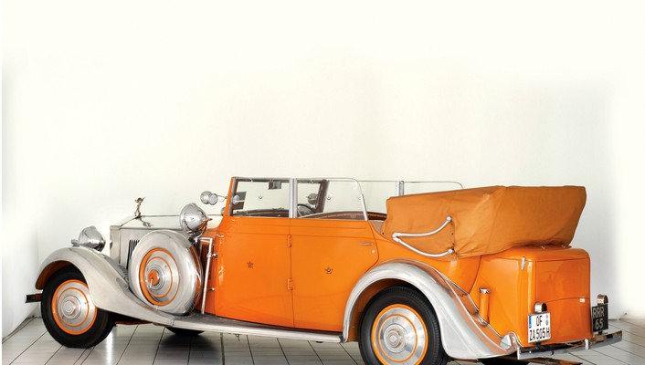 Rolls royce cars orange wallpaper