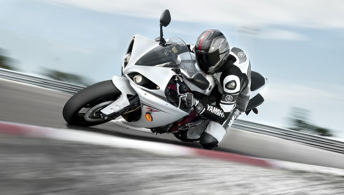 Competition motorbikes races skyscapes speed wallpaper